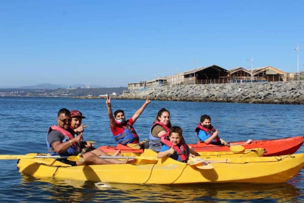 kayak en lobera de valparaiso puerto deportivo valparaiso