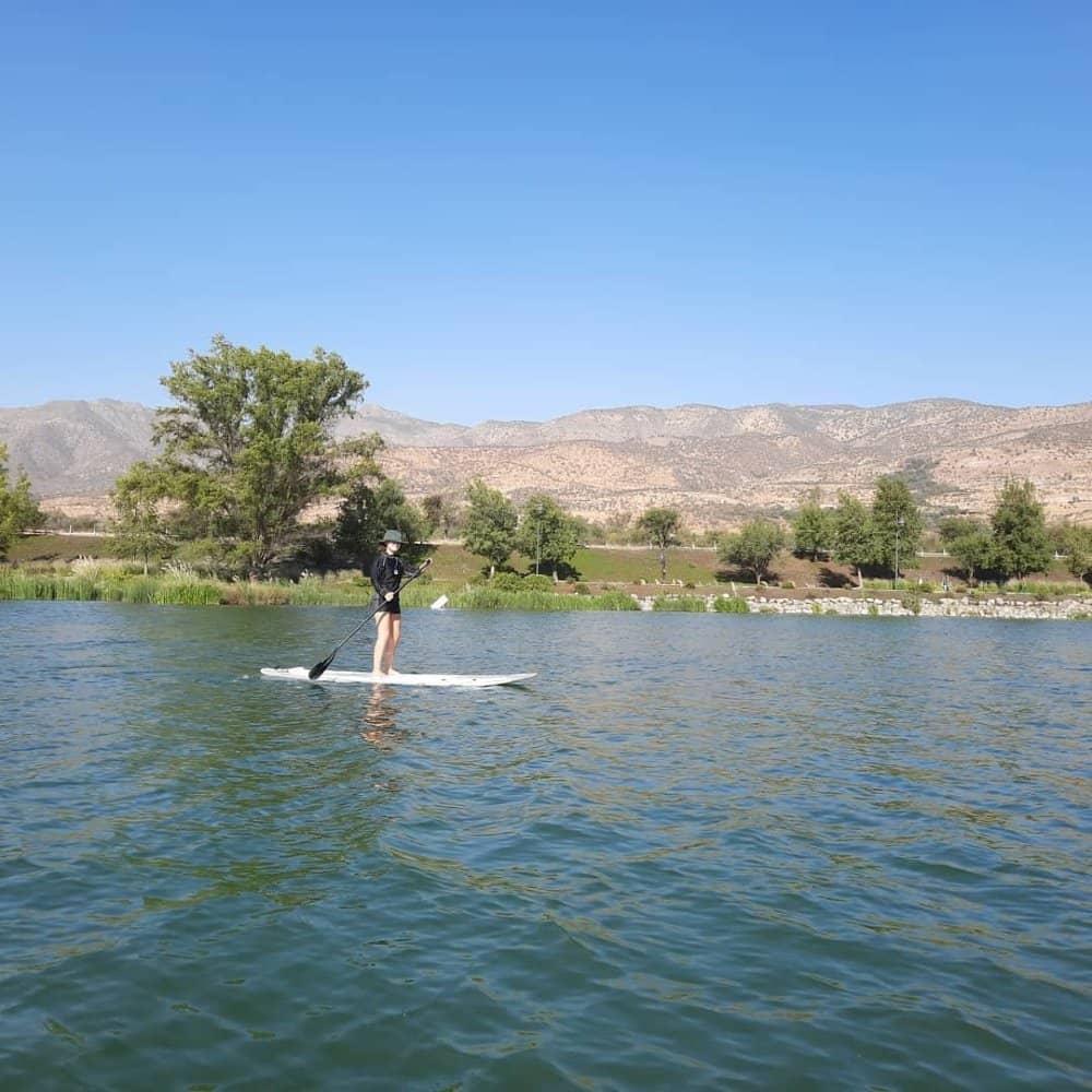 stand up paddle en laguna piedra roja