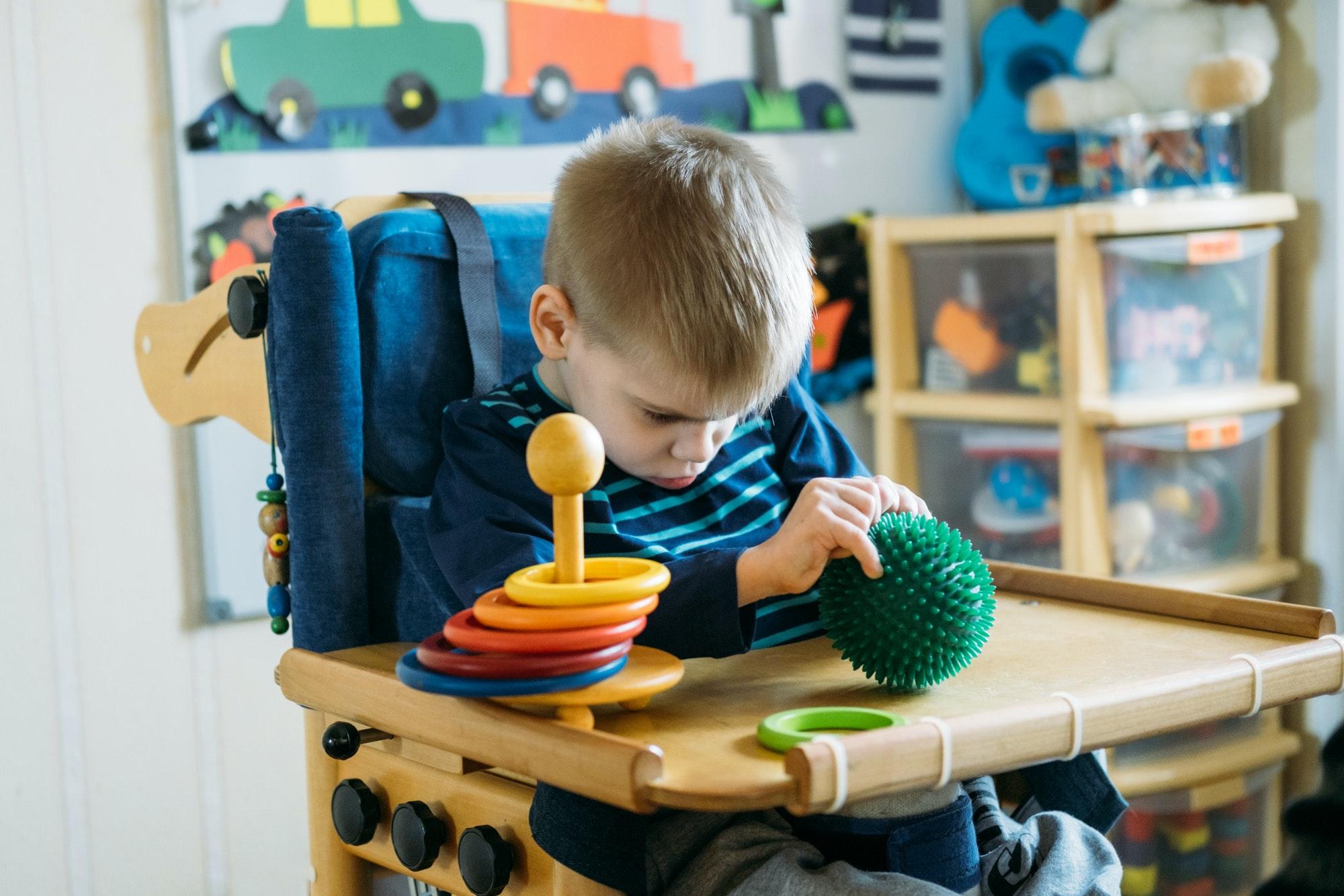 Sensory Activities for kids with disabilities. Preschool Activities for Children with Special Needs