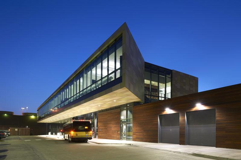 University of Iowa Ground Transportation (Iowa City)