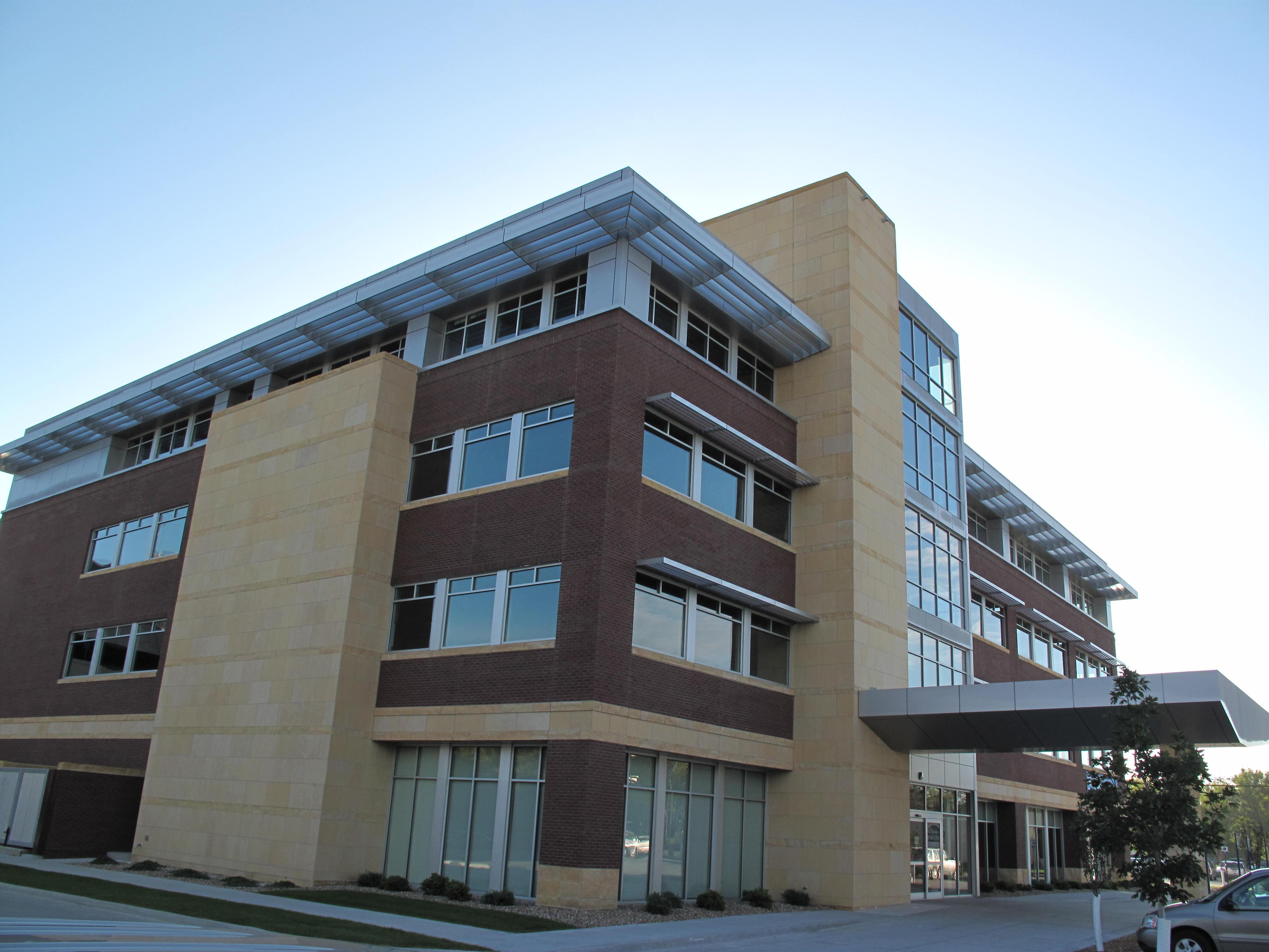 Cedar Rapids Mercy Medical Office Building (Cedar Rapids)