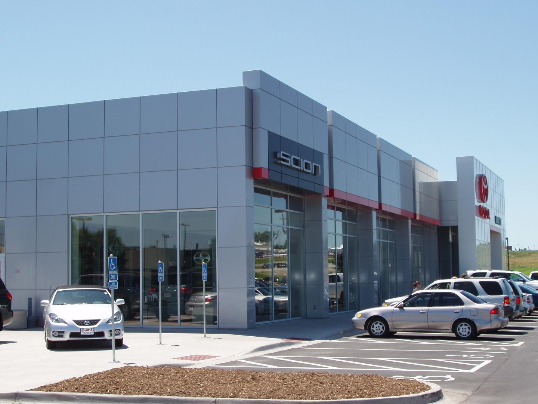 Toyota Scion of Iowa City (Iowa City)