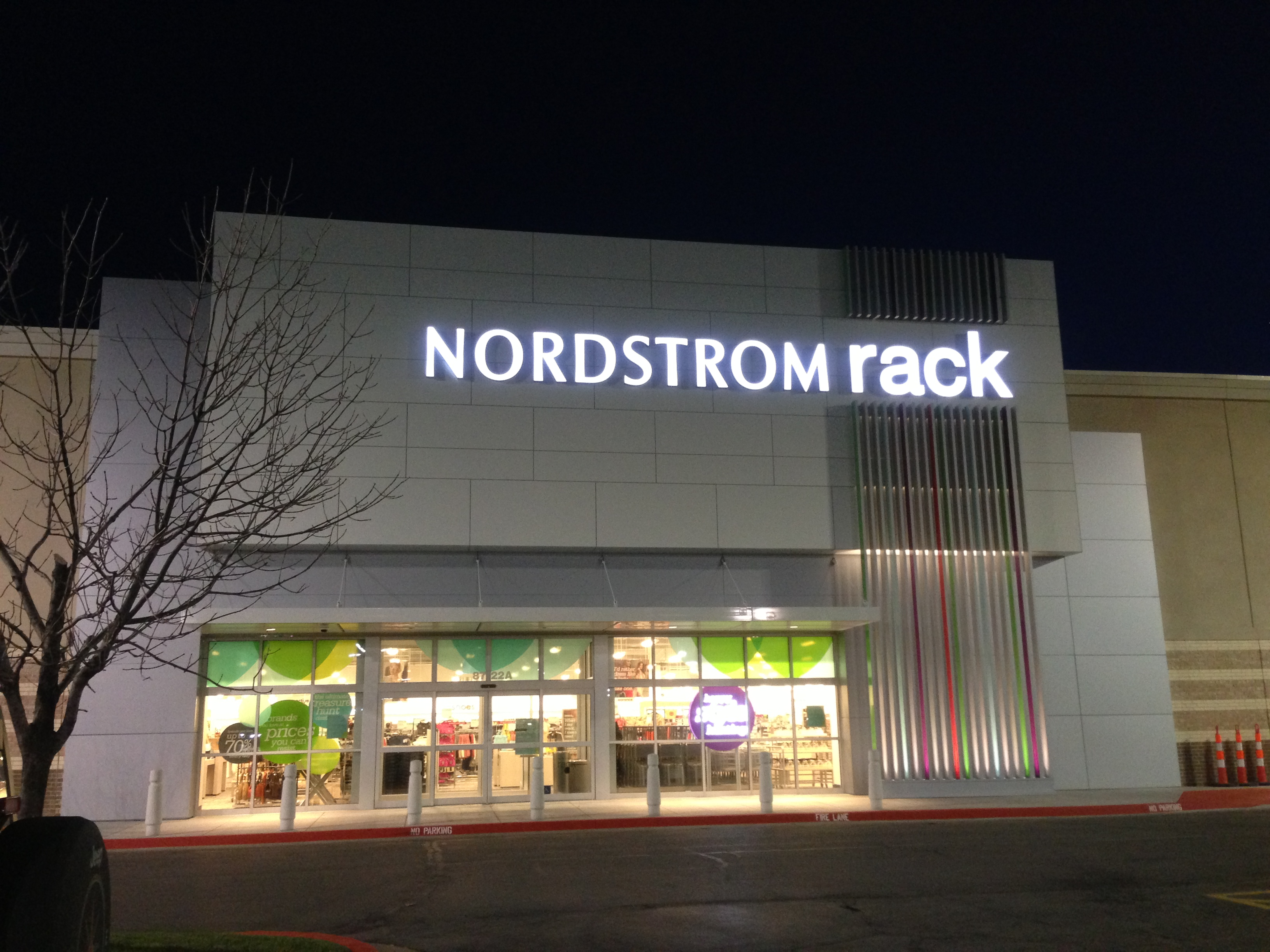 Woodland Plaza Nordstrom Rack (Tulsa)