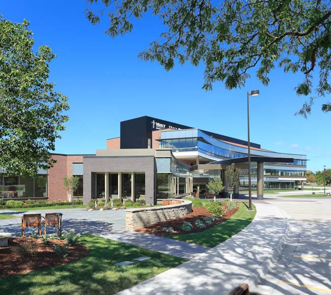 Mercy Hall Perrine Cancer Center (Cedar Rapids)