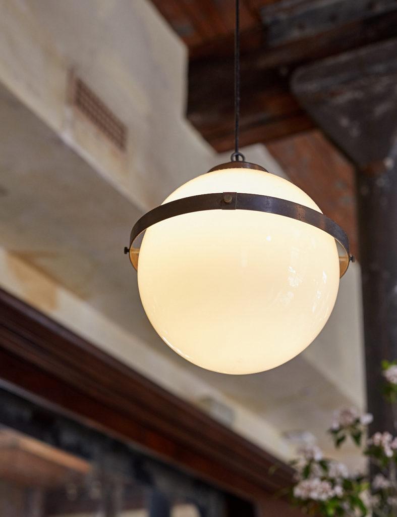 A globe pendant light