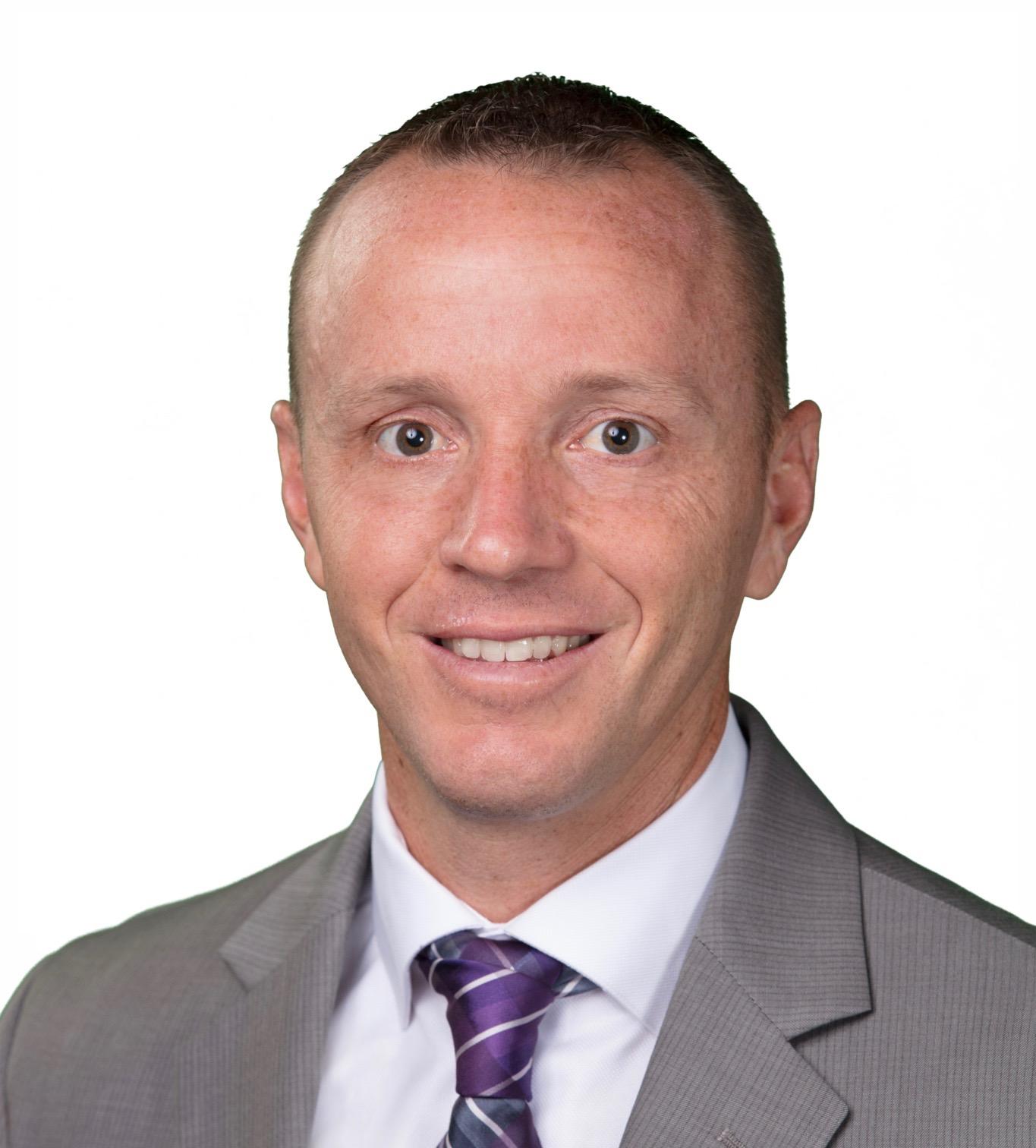 Derek Sichler Headshot