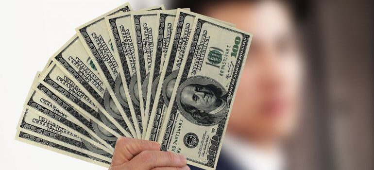 IRS: Usted puede recibir aún el cheque de estímulo