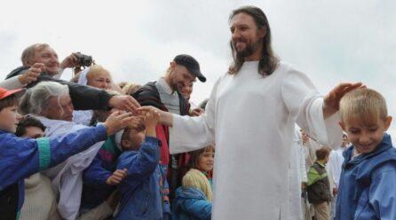El líder de una secta que decía ser la reencarnación de Cristo