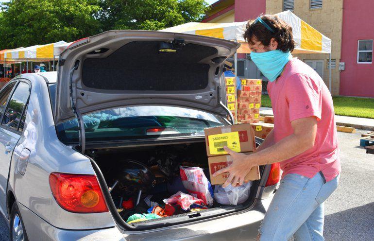 ¿Necesita alimentos gratuitos? Le decimos adónde ir en Miami-Dade