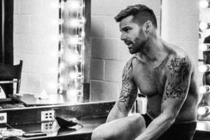 """Confronté mis demonios"": Ricky Martin"
