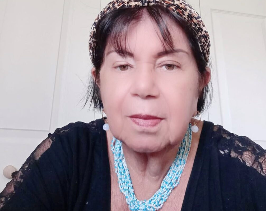 Carmen Colmenares a sus 75 aprende inglés espectacular con Pica!!