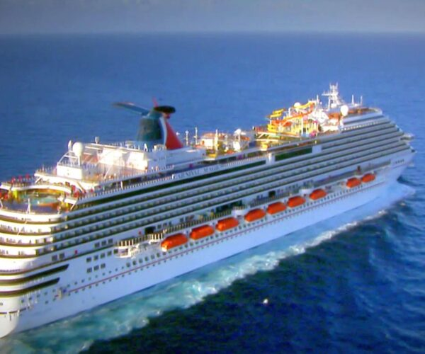 """Pica Club 10 """"Cruise Ship"""""""