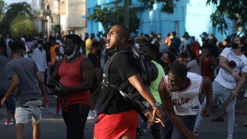 Protestas en Cuba: 3 claves para entender las manifestaciones en la isla, las más grandes en décadas