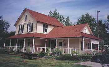 Alexander House in 1999