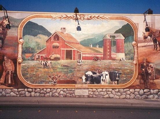 Dairy Mural, center panel
