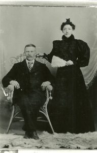 Peter Wold and Sara Eidal Wold, circa 1895.