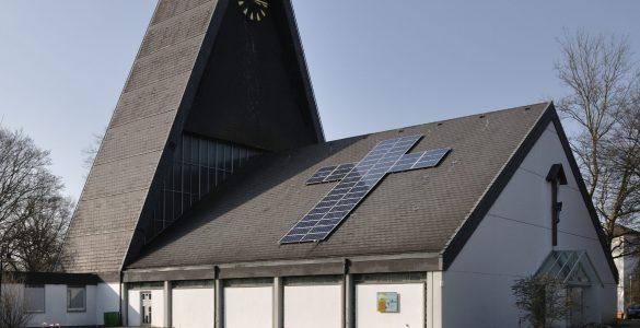 solar-on-church-roof-dietrich-krieger