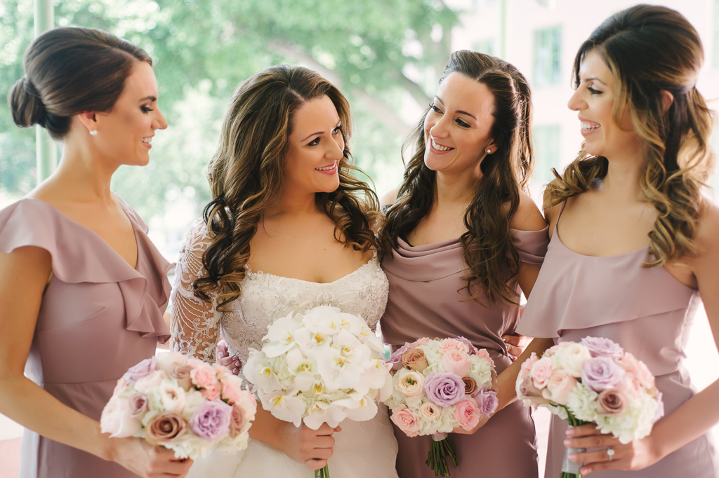 La-vie-en-rose-st-pete-florida-wedding-bride-maid-bouquet-ceremony-white-ivory-purple-pink-orchid-garden-flower-elegant-vinoy
