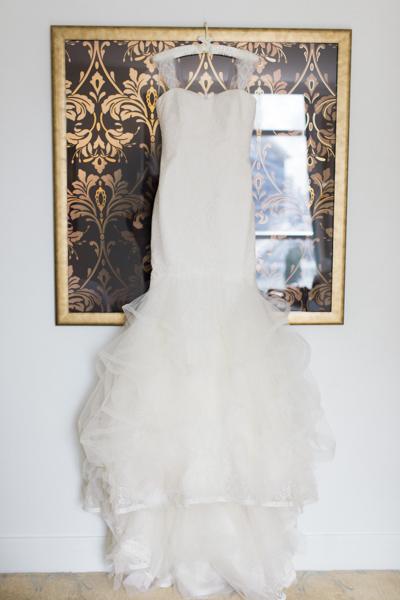 La-vie-en-rose-miami-florida-wedding-gorgeous-bride-dress-elegant-elegant-ritz-carlton-south-beach