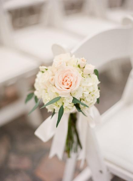 La-vie-en-rose-miami-florida-wedding-gorgeous-ceremony-aisle-white-ivory-blush-hydrangea-flower-eucalyptus-elegant-ritz-carlton-south-beach