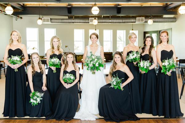 La-vie-en-rose-tampa-florida-wedding-white-garden-flower-eucalyptus-bouquet-elegant-oxford-exchange