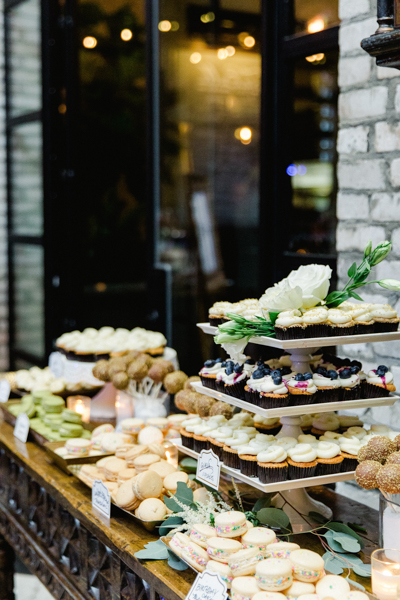 La-vie-en-rose-tampa-florida-wedding-green-dessert-reception-elegant-oxford-exchange