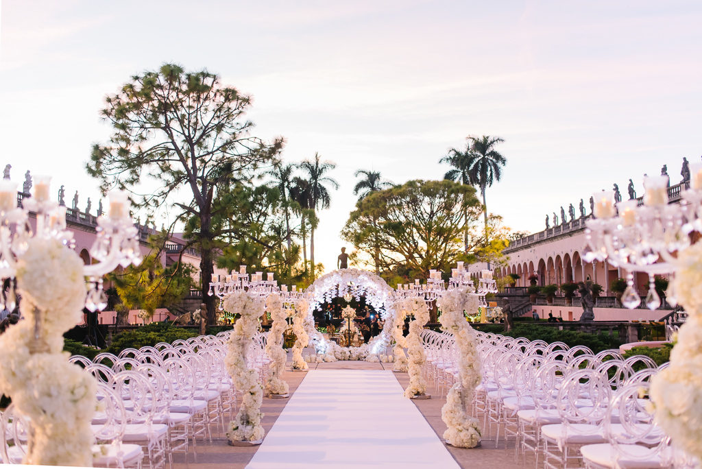 La-vie-en-rose-sarasota-florida-wedding-white-ceremony-flower-arch-elegant-ringling-museum