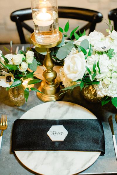 La-vie-en-rose-tampa-florida-wedding-white-garden-flower-eucalyptus-reception-centerpiece-elegant-oxford-exchange