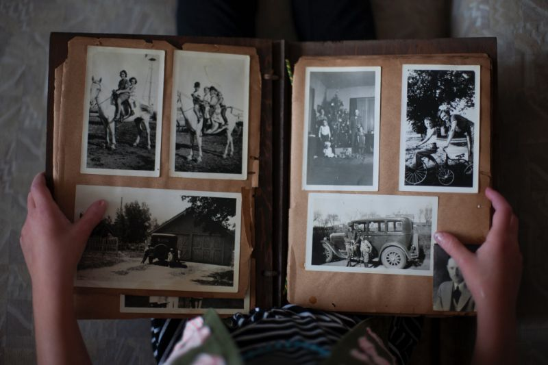 Photo Album for best memories - gifts for parents