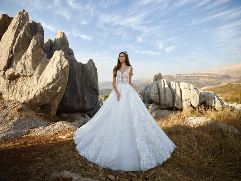 Chara bridal gown by Tony Ward