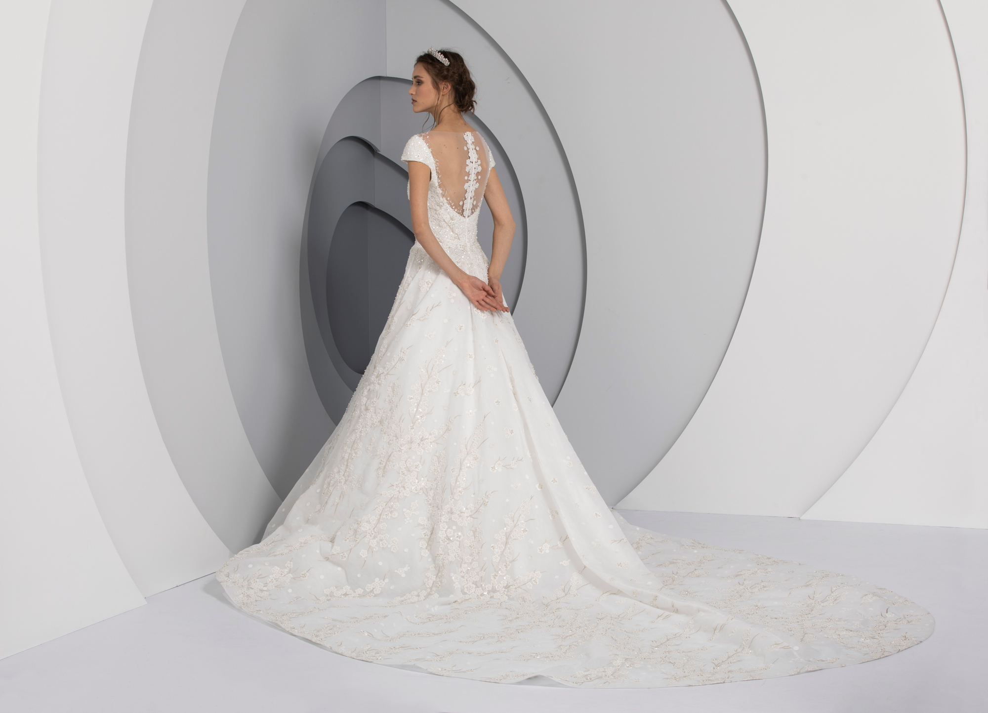 Pulse by Tony Ward from the La Mariee Collection