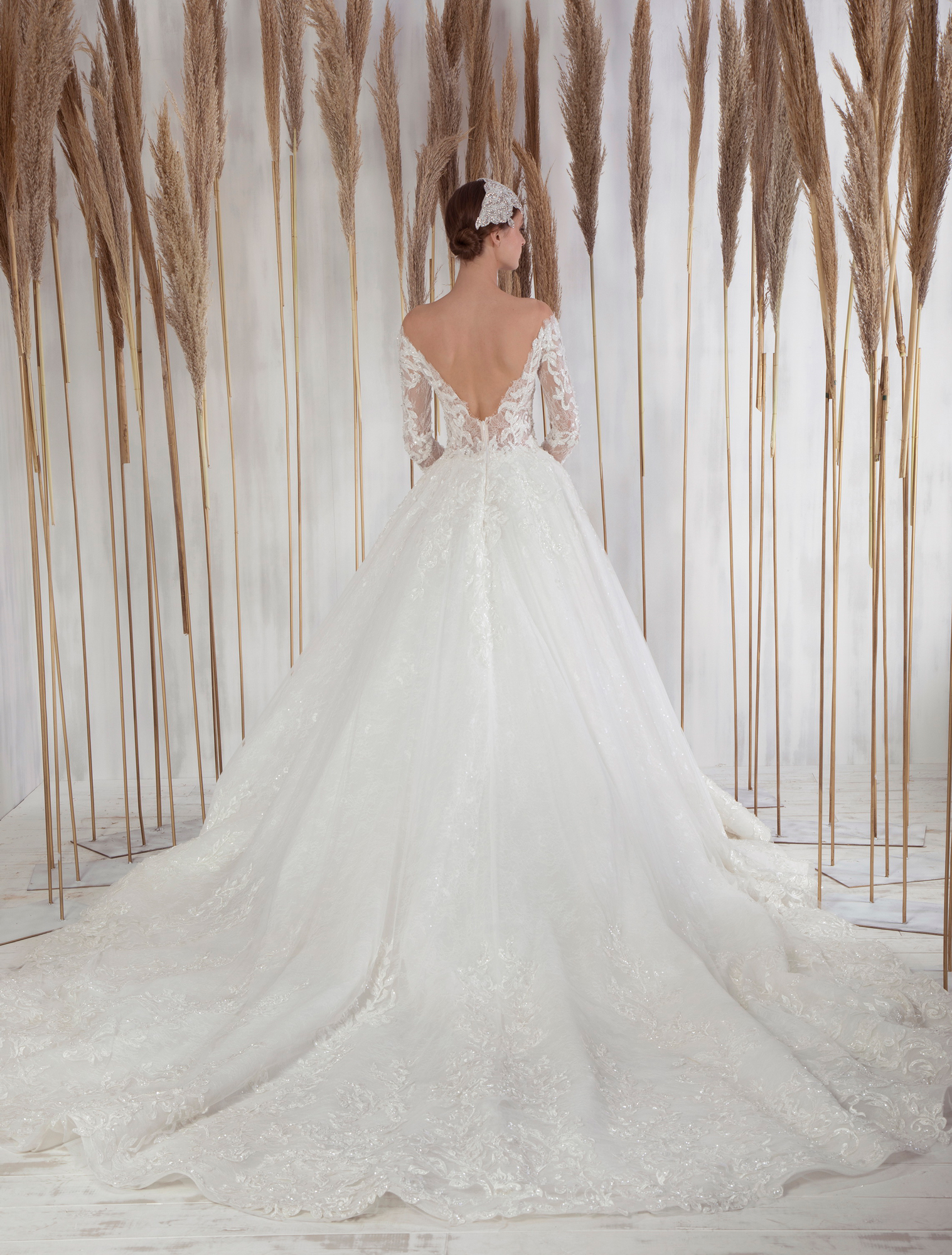 Clea by Tony Ward from the La Mariee Collection