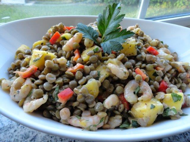 Tropical Lentils Salad with Shrimp and Mango