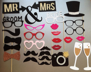 kids10-weddings-in-athens-georgia-reception-photobooth-props