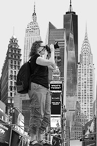 Beth Taking photos on an Adventure of NYC