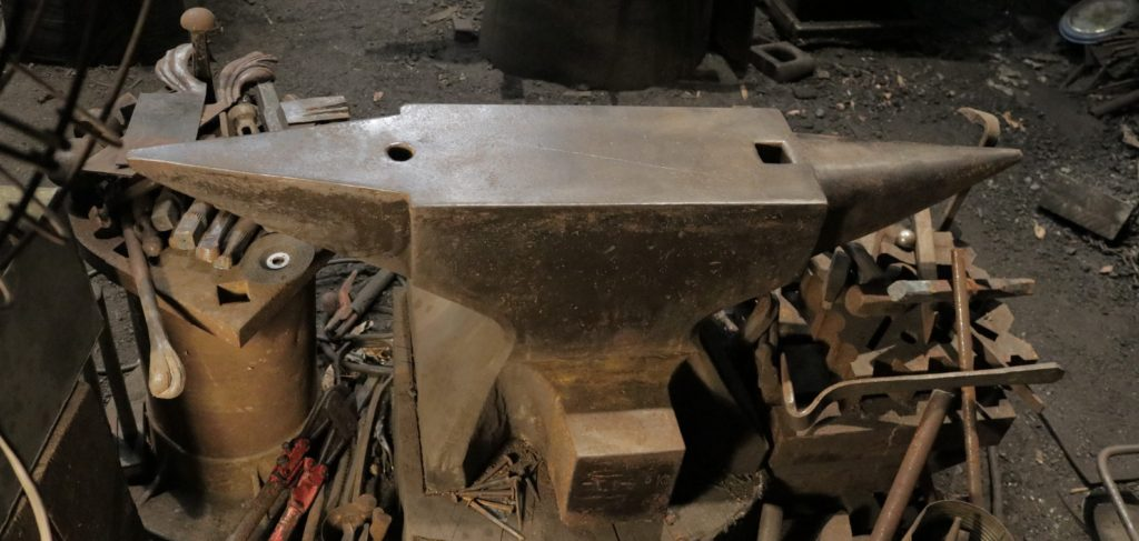 anvils for sale - German double horn blacksmith anvils - 920 lb anvil in use