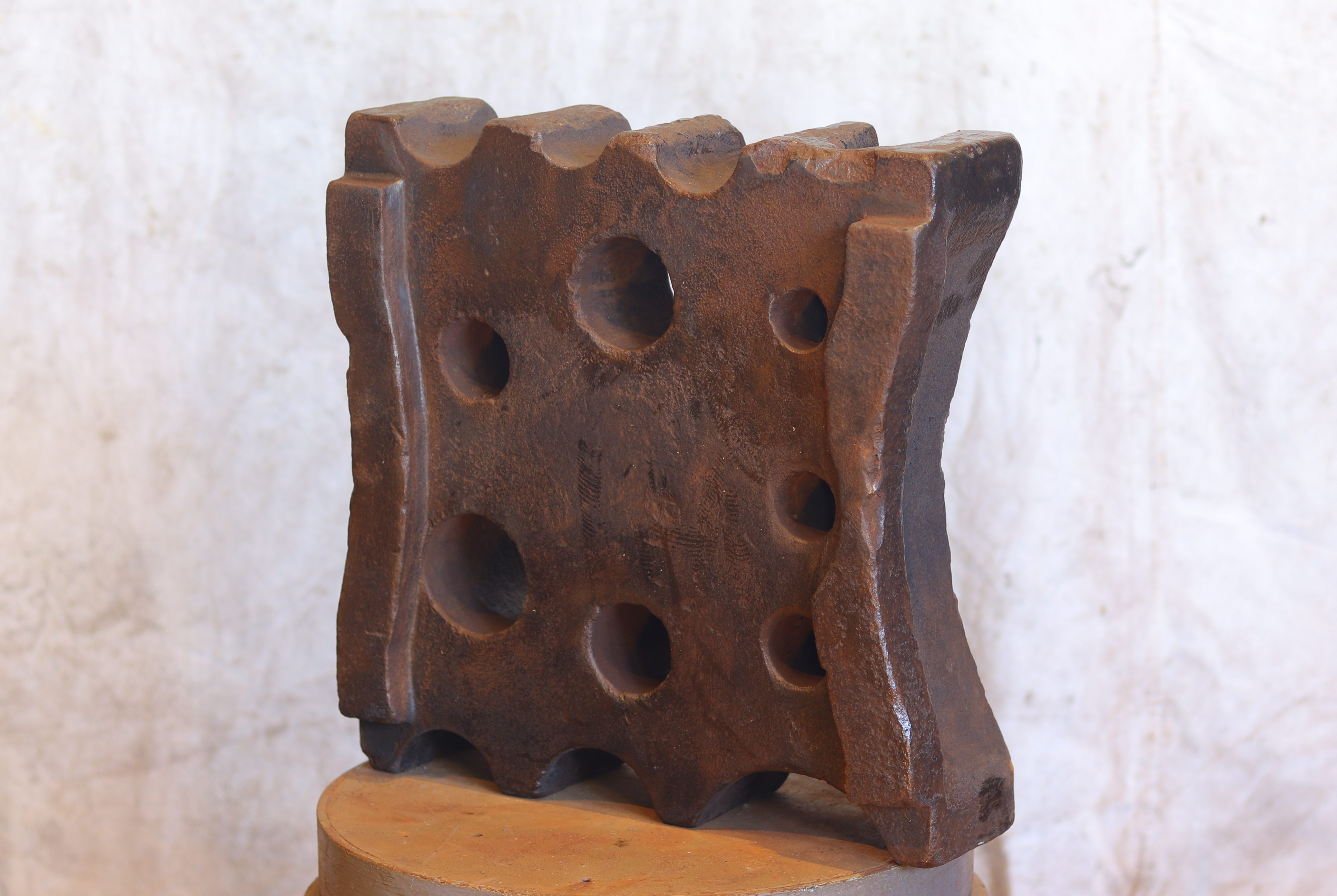 264 lb wagon tire swage block anvil for sale, mid 19th century, curves for bending wagon tires, unusual military? shapes.