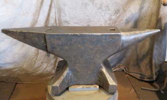 358 lbs $1,500 North German anvil