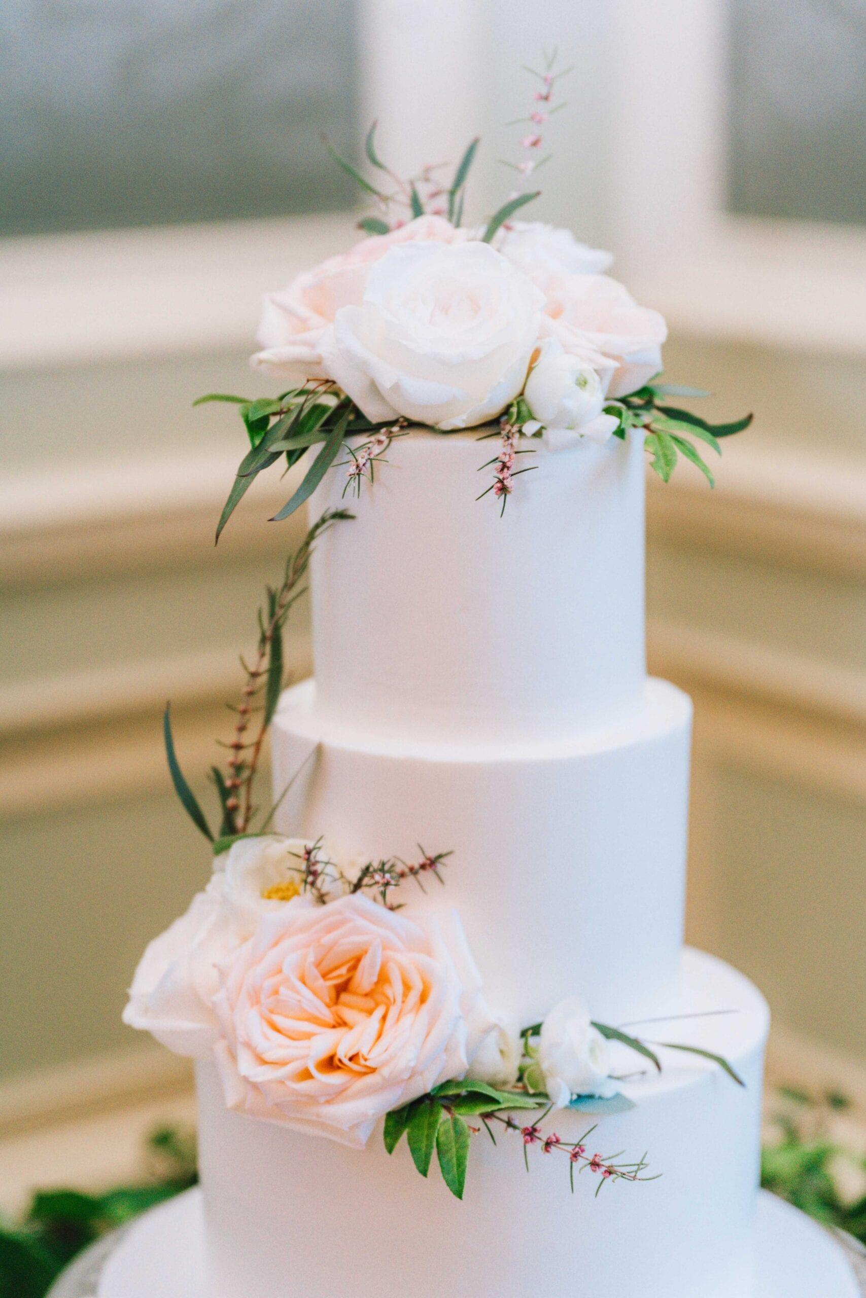 love brittny wedding cake