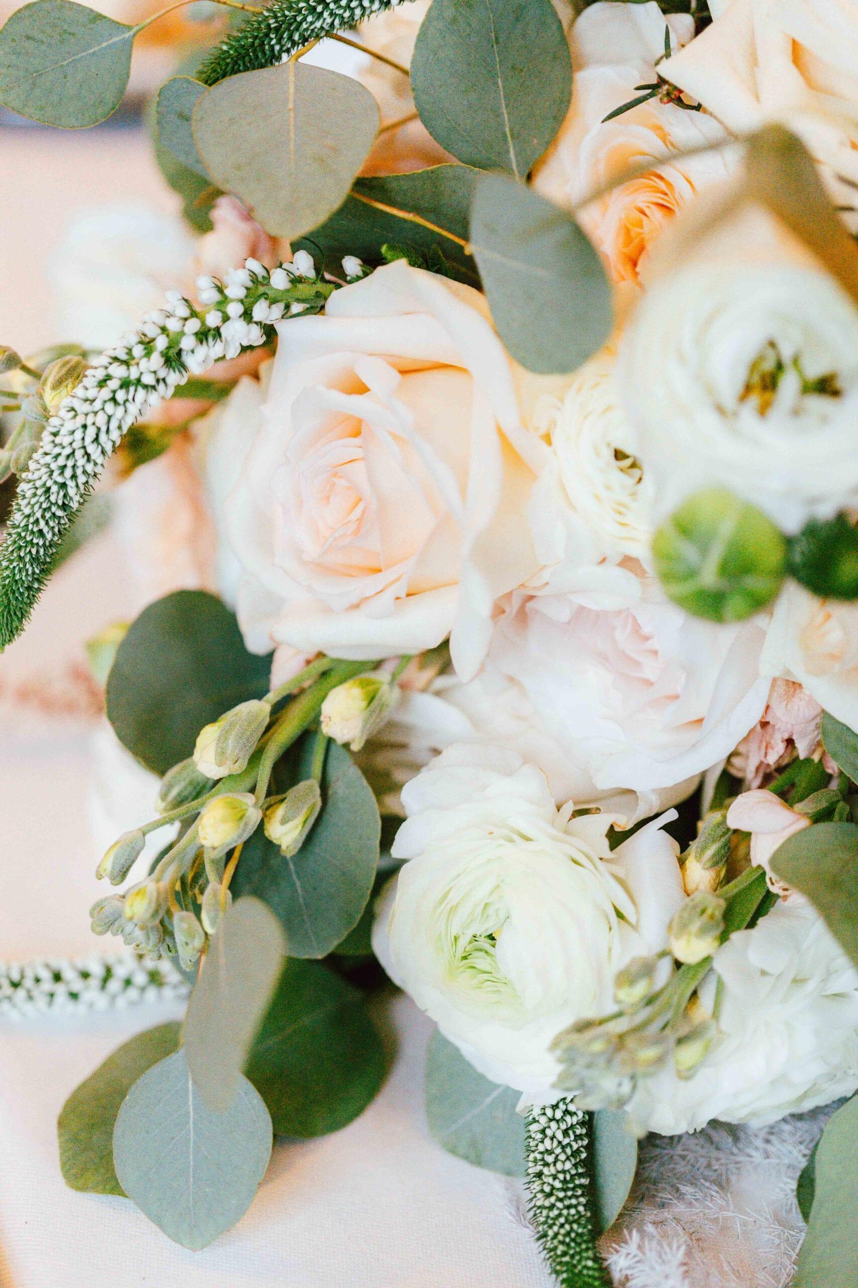 love brittny wedding flowers