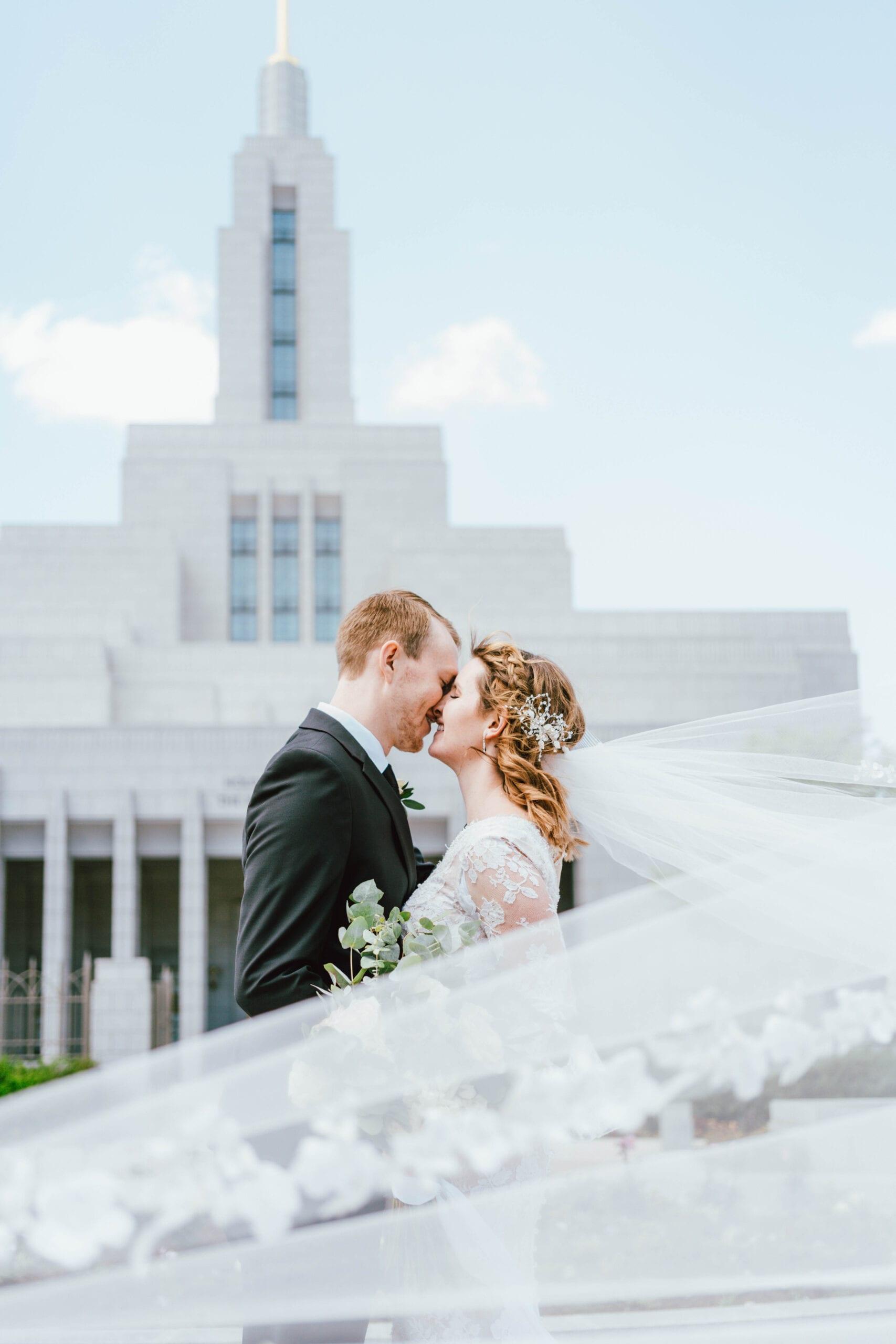 draper utah temple wedding award winning picture