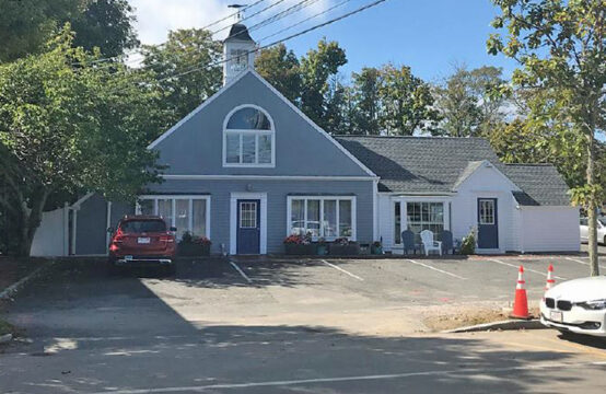 3261 Route 6A, Barnstable Village