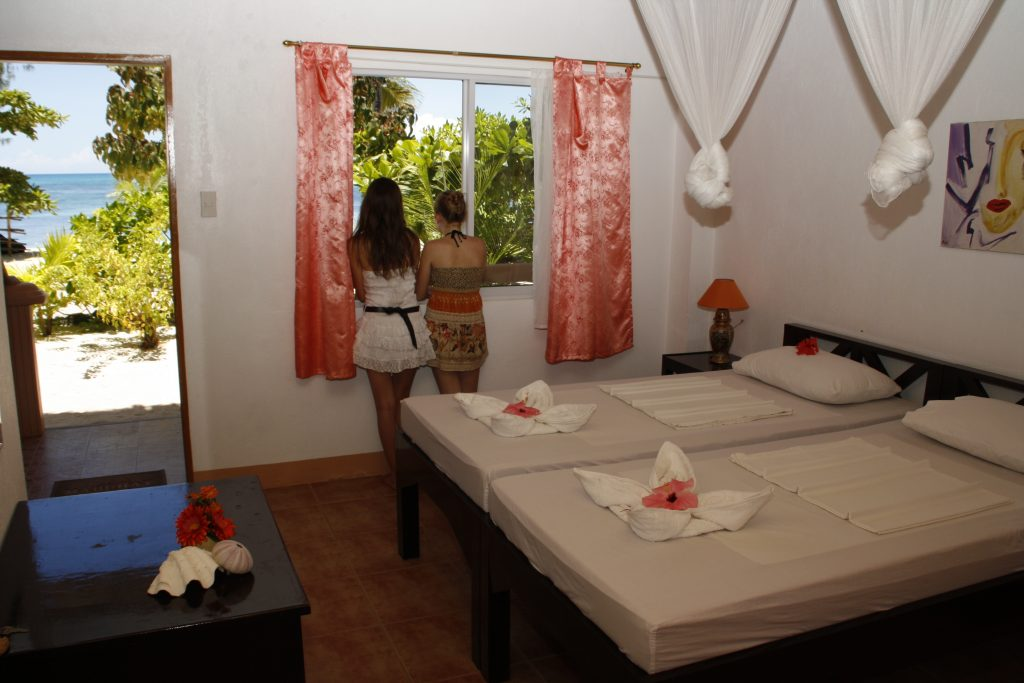 Hippocampus Beach and dive resort Malapascua Deluxe room