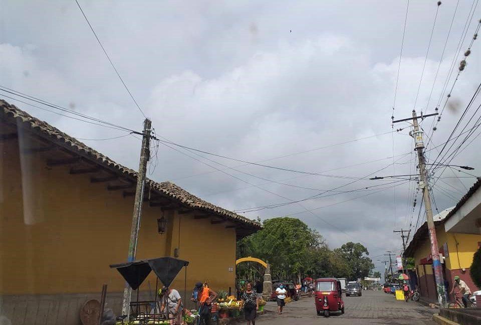 Bienes+Raices+Real+Estate+Nicaragua+Diriomo+Nueva+Casa (1)
