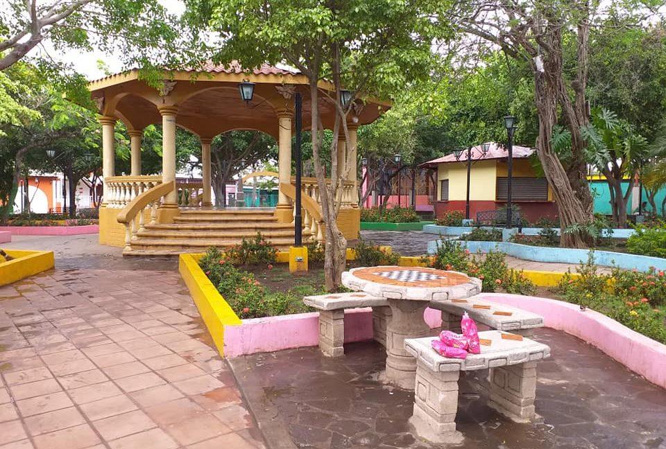 Bienes+Raices+Real+Estate+Nicaragua+Diriomo+Nueva+Casa (6)