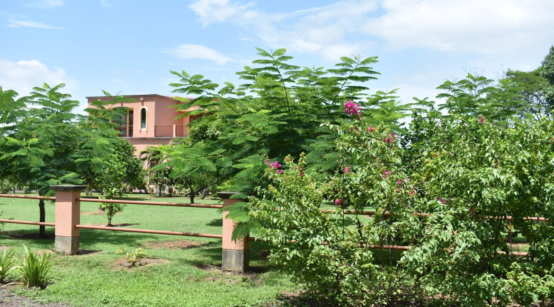 Nicaragua+Real+estate+Granada+Vista+lagos+Casa+Colorado (2)