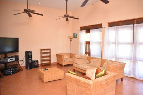 Nicaragua+Real+estate+Granada+Vista+lagos+Casa+Colorado (26)