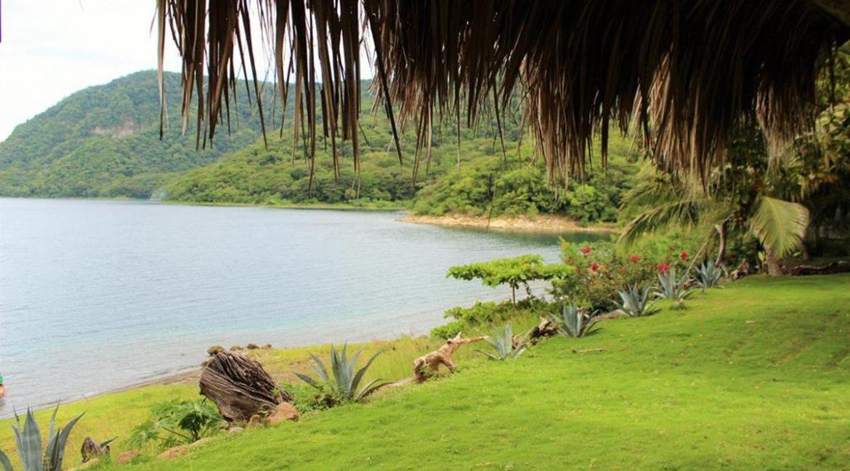 Apoyo-laguna-Nicaragua-home-for-sale (3)