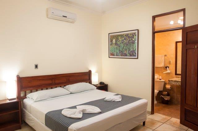 Hotel-en-venta-granada-nicaragua (10)