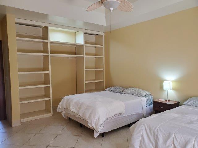 Real-Estate-Nicaragua-Managua-Casa-venta-Pool (45) - Copy